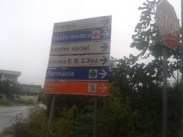 Placa indicativa da direção a tomar - EB 23