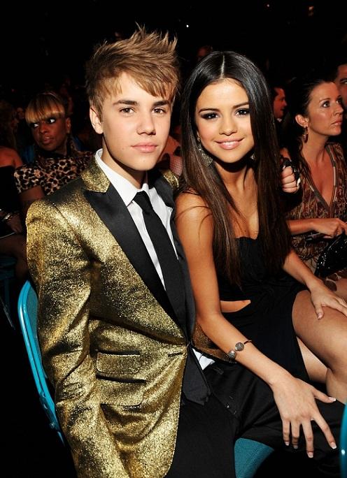 justin bieber and selena gomez billboard awards 2011. Justin Bieber et Selena Gomez