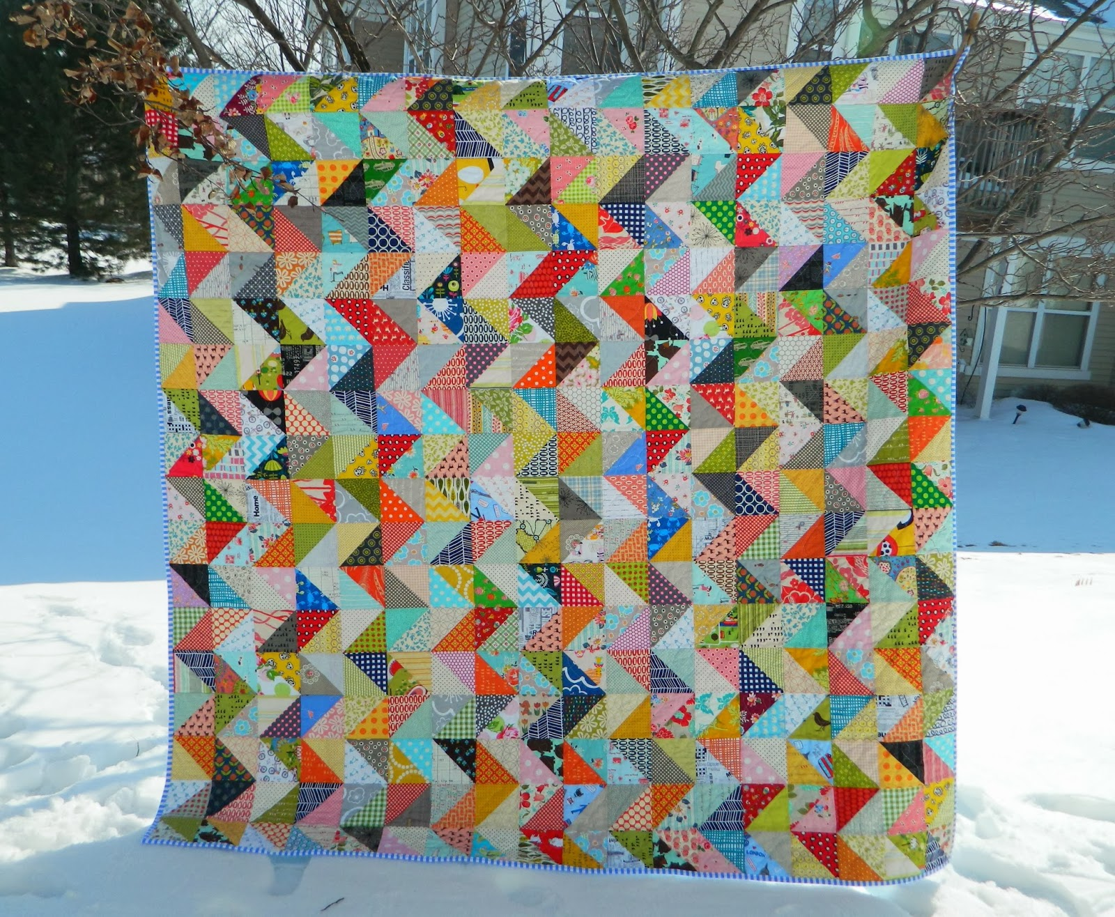 http://sotakhandmade.blogspot.com/2014/03/value-zig-zag-all-finished.html