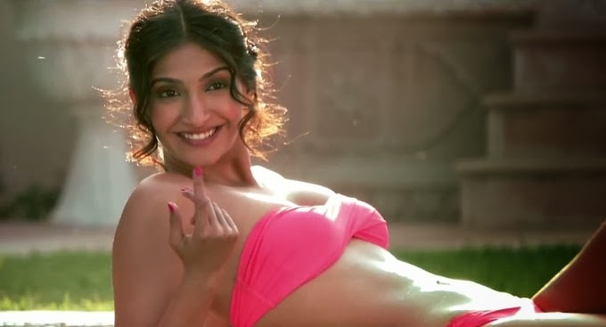 "Sonam Kapoor latest HD bikini Pics From Film ""Bewakoofiyaan"""