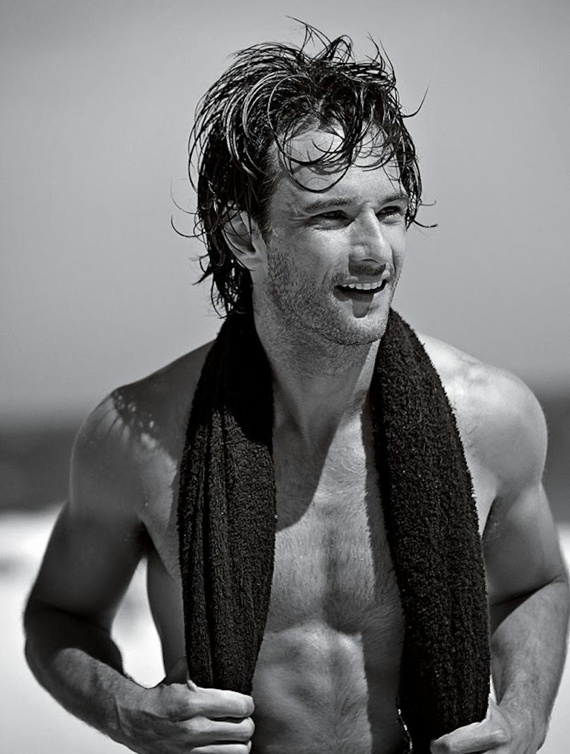 [Image: rodrigo+santoro+shirtless.png]