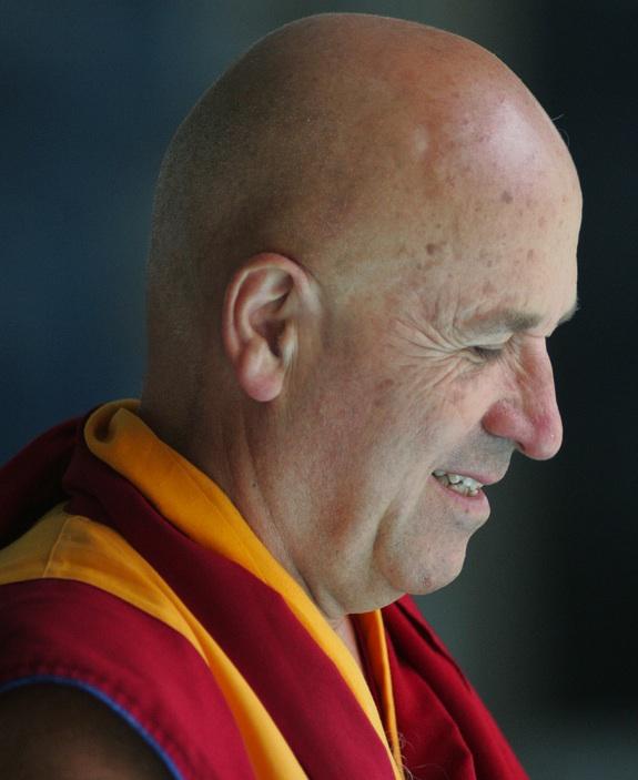 """Kết quả hình ảnh cho A Buddhist Monk Shows """"Unheard Of"""" Brain Activity During Meditation"""