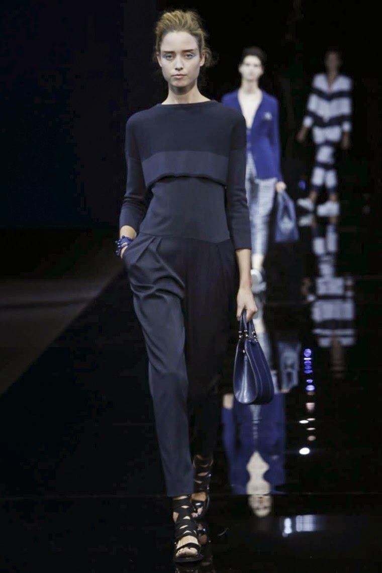 Emporio Armani spring summer 2015, Emporio Armani ss15, Emporio Armani, Emporio Armani ss15 mfw, Emporio Armani mfw, mfw, mfwss15, mfw2014, fashion week, milan fashion week, milano fashion week, giorgio armani, du dessin aux podiums, dudessinauxpodiums, vintage look, dress to impress, dress for less, boho, unique vintage, alloy clothing, venus clothing, la moda, spring trends, tendance, tendance de mode, blog de mode, fashion blog,  blog mode, mode paris, paris mode, fashion news, designer, fashion designer, moda in pelle, ross dress for less, fashion magazines, fashion blogs, mode a toi, revista de moda, vintage, vintage definition, vintage retro, top fashion, suits online, blog de moda, blog moda, ropa, asos dresses, blogs de moda, dresses, tunique femme,  vetements femmes, fashion tops, womens fashions, vetement tendance, fashion dresses, ladies clothes, robes de soiree, robe bustier, robe sexy, sexy dress