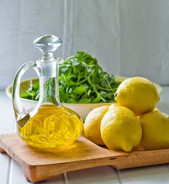 Limon ve zeytinyağ ile tırnak maskesi
