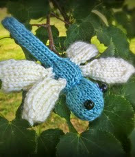 http://www.ravelry.com/patterns/library/dragonflies-3