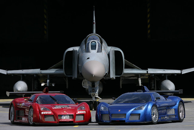 arabalar ve f4 phantom