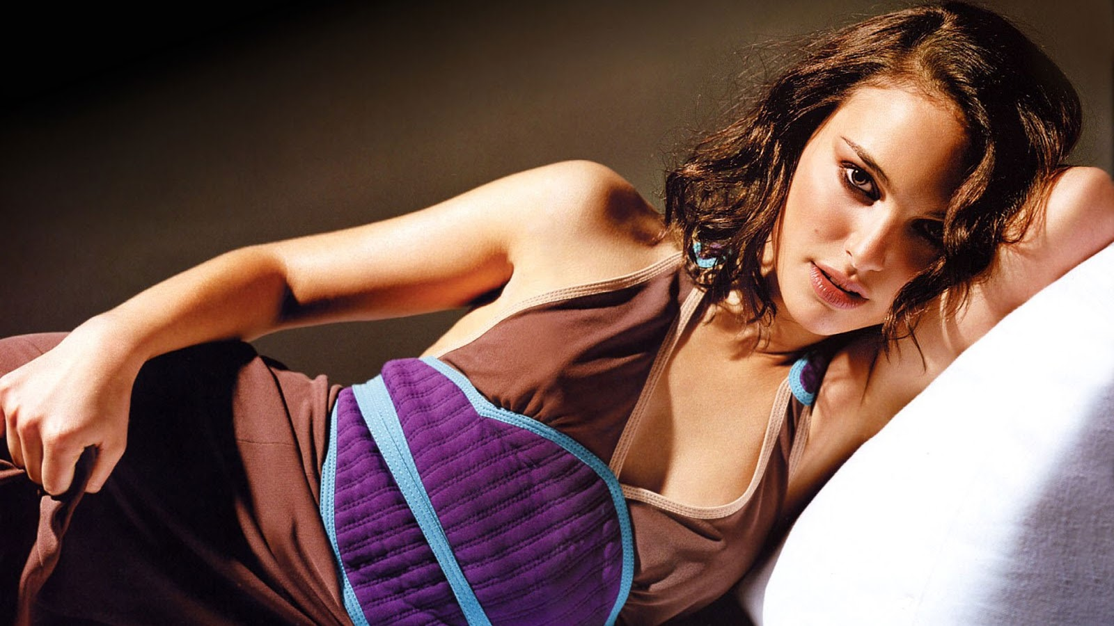 Natalie Portman Hot Photoshoot HD