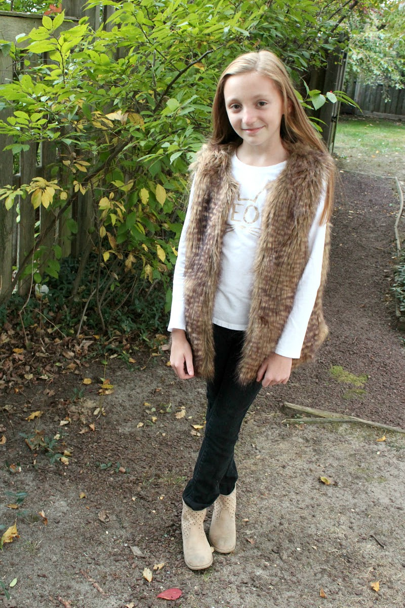 Find little girls fur vest at ShopStyle. Shop the latest collection of little girls fur vest from the most popular stores - all in one place.