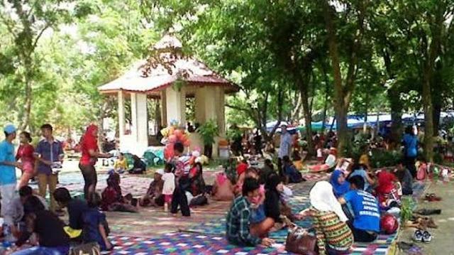 Taman Bunga Siantar, Lokasi Favorit Untuk Diskusi, Kumpul Santai Hingga Pacaran Sambil Ngemil