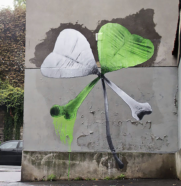 """""""Friday The 13th"""" Street Art By Ludo On The Streets Of Paris, France."""