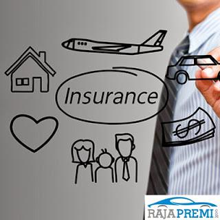 gambar rumah, uang, dan asuransi mobil
