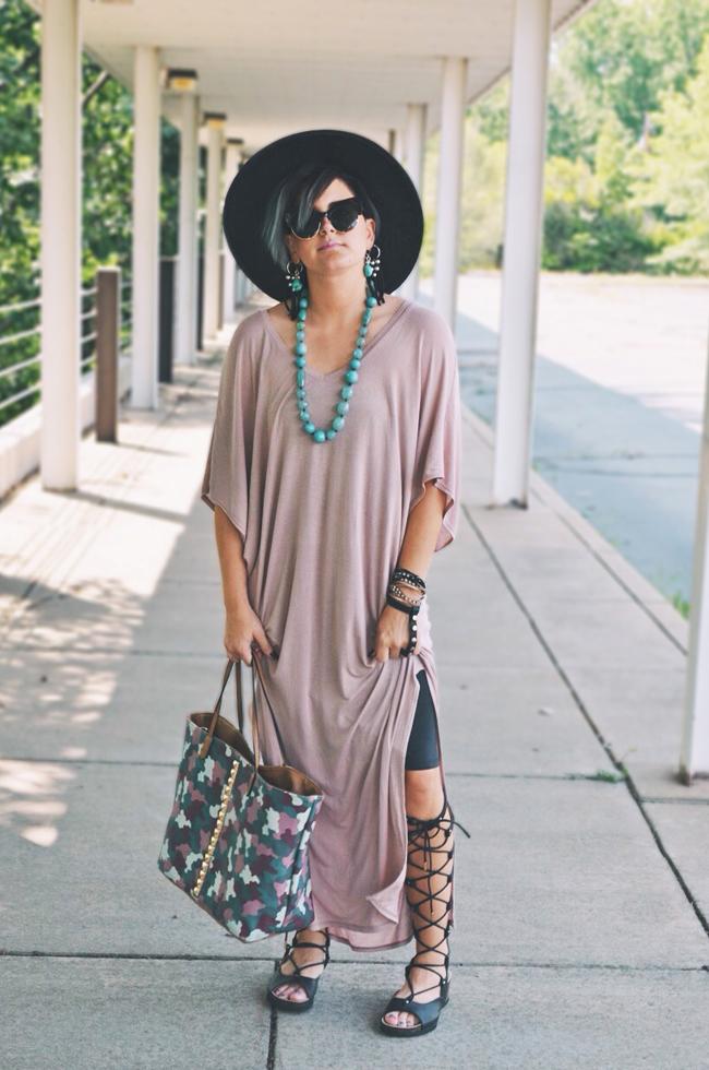 Minimalist boho fashion - Cleveland