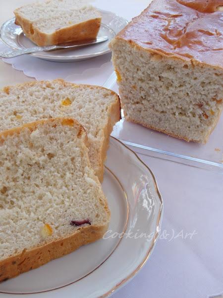 Γλυκό ψωμί με ξερά φρούτα !