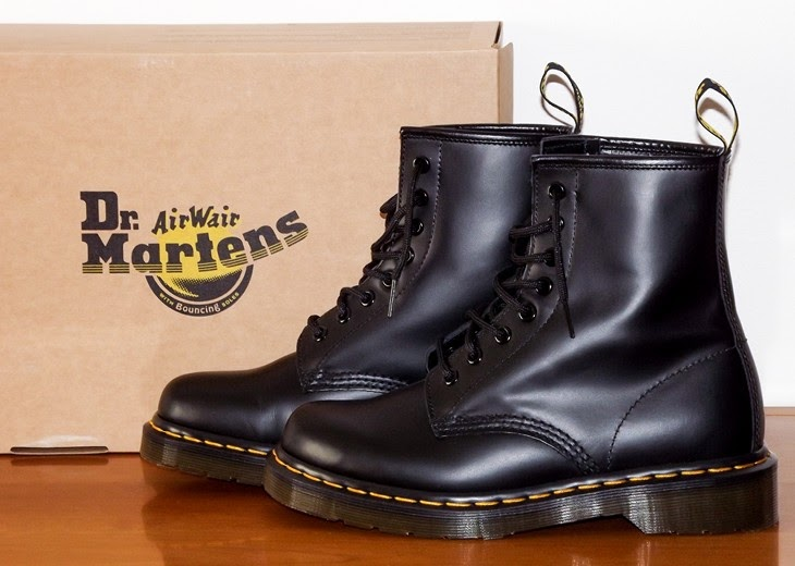 dr-martens-1460-black-evergreen-how-to-wear-dr-martens