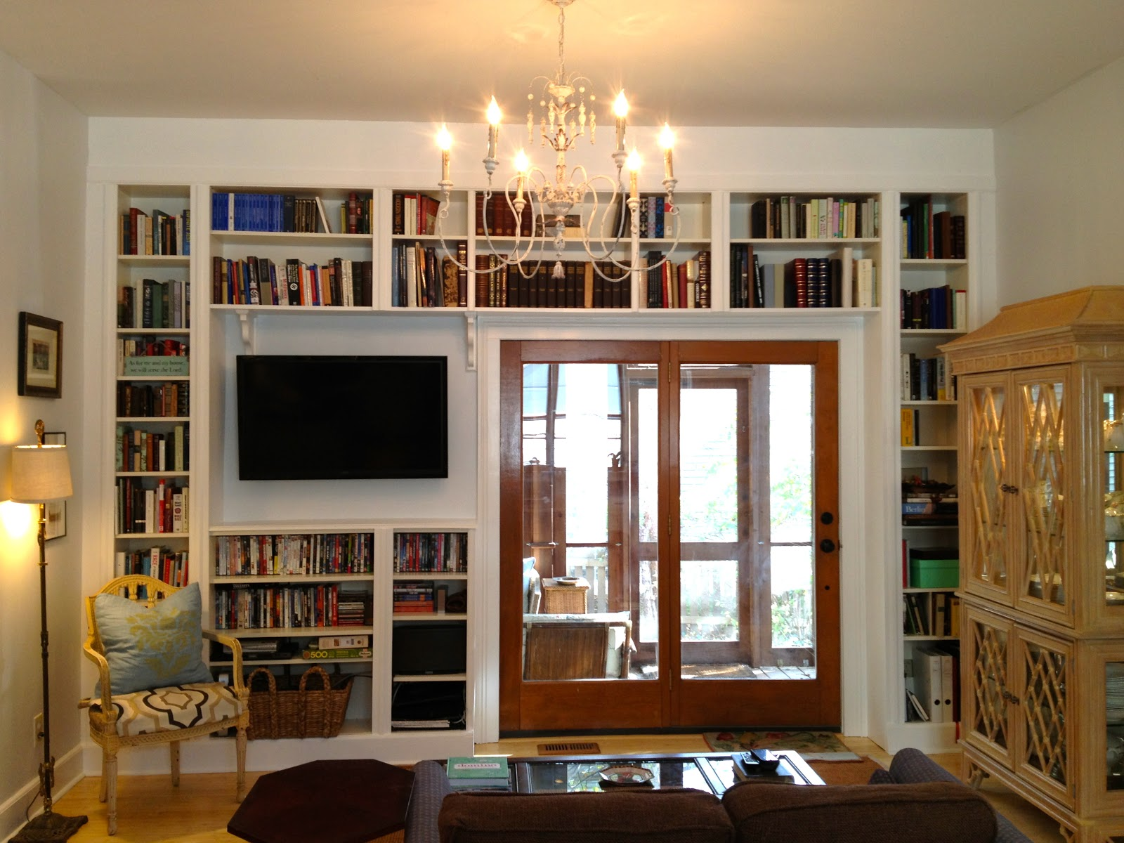 mel & liza: built in bookshelves before & after: ikea hack part 2
