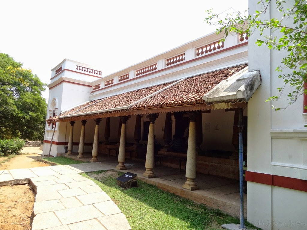 Dakshinachitra a glimpse of traditional homes from south for South indian model house plan