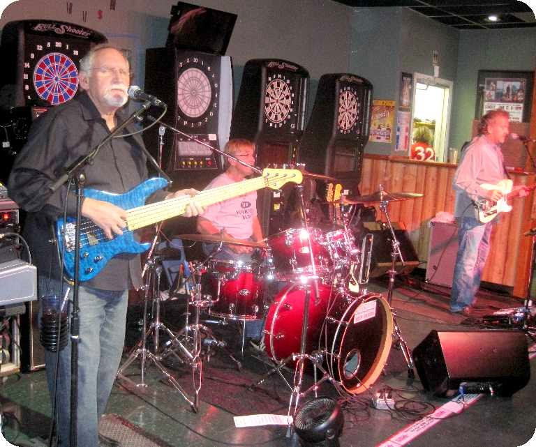 2014-10-03 at Sammy's Pub