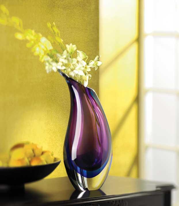 modern vase. Black Bedroom Furniture Sets. Home Design Ideas