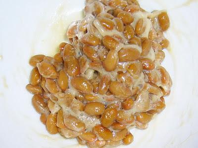 納豆にナンプラーオリーブオイル感覚