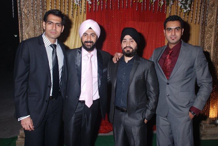 in Pic From Left to Right Happy Ramm ji Manpreet Ravinder Singh Download Photo of Happy Raam ji Manpreet of i Too Had a Love Story