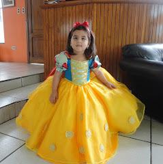 Patrón de la Princesa Blanca Nieves para niña de 3 años.