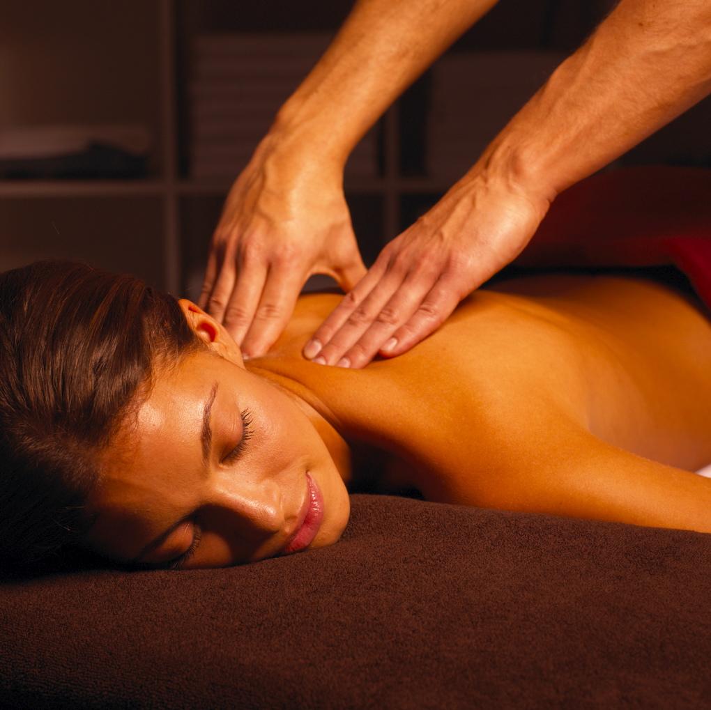 Этот населенный интим массаж мужчине