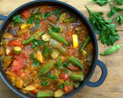 Armenian Vegetable Stew with late-summer and early-fall vegetables, eggplant, peppers, summer squash, tomatoes, okra. #BestRecipes of 2014 from #AVeggieVenture. For Weight Watchers, #PP1. #LowCarb #Vegan