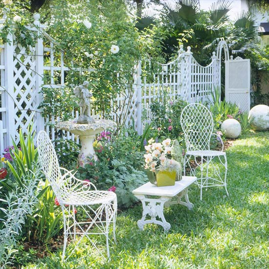 Landscaping With Trellis : Diy trellis designs for privacy
