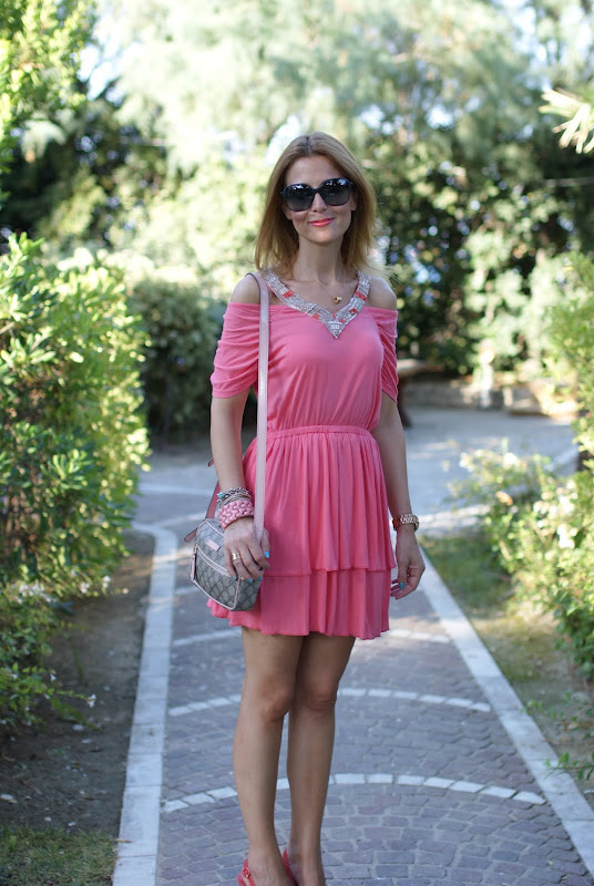 pink dress, pink outfit