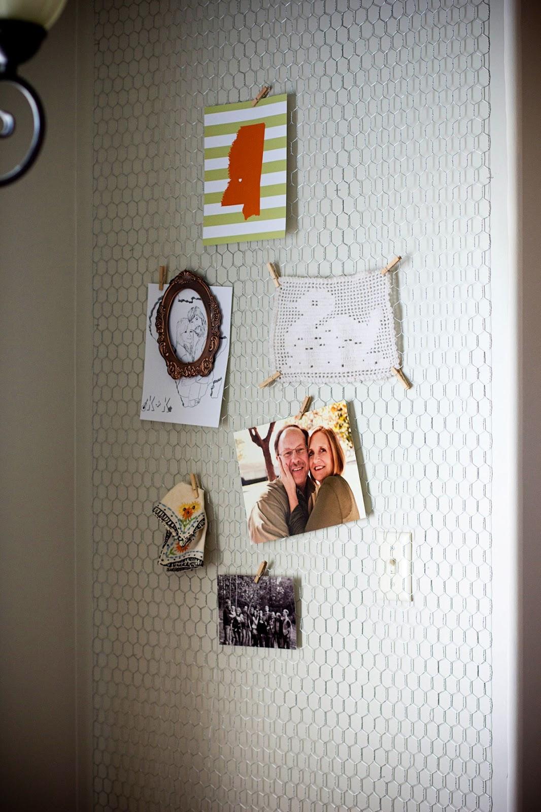thekublerhomestead: DIY Chicken Wire Wall