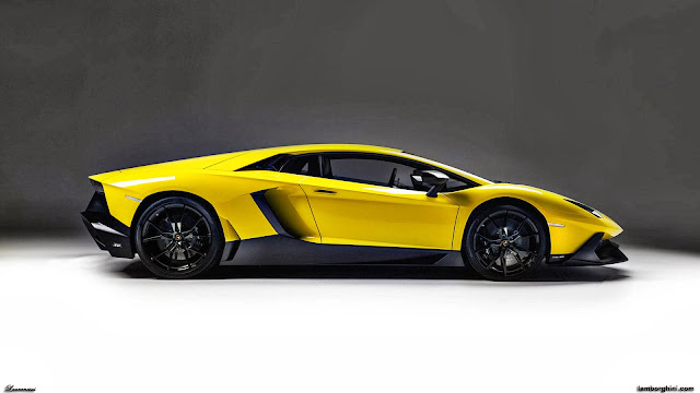 Lamborghini-Aventador-LP-720-4-50-2