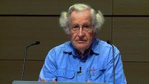 Νόαμ Τσόμσκι: Υπάρχει οργανωμένο σχέδιο από ΔΝΤ και ΕΕ με σκοπό την καταστροφή της Ελλάδας