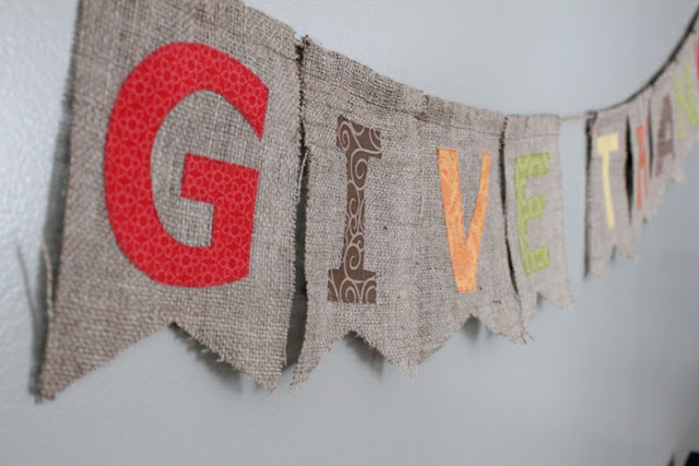 burlap thanksgiving banner: tutorial