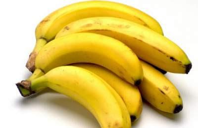 membuat kondisioner untuk mengatasi rambut kering berbahan pisang