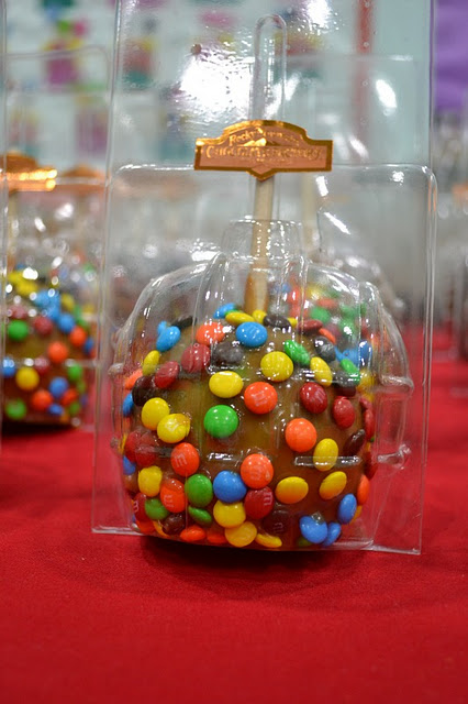 Halloween Rocky Mountain Chocolate Factory caramel apples
