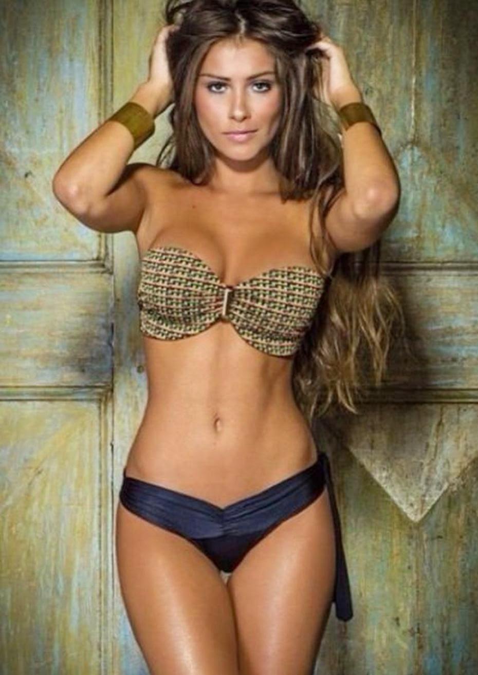 anto rocuzzo roccuzzo desnuda topless bikini messi