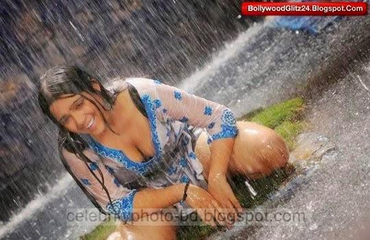 Telugu%2BActress%2BCharmi%2BKaur's%2BSizzling%2BHot%2BPhotos%2Bgallery%2B2014014