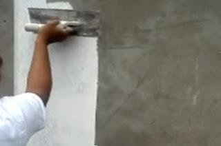 V deos aplicaci n del estuco pl stico y sus acabados decorativos construya f cil - Materiales para estucar paredes ...