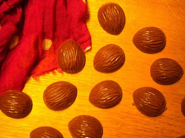 Praline chocolat au lait et mandarine Napoléon