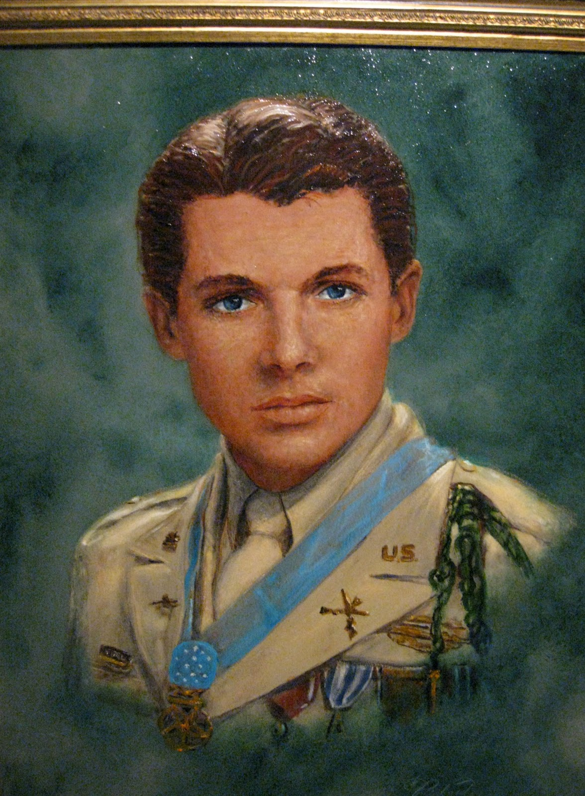 a review of the life and accomplishments of audie l murphy During this same time, actor james cagney invited murphy to hollywood in september 1945, when he saw murphy's photo on the cover of life magazine the next couple of years in california were hard times for audie murphy.