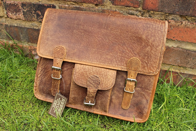 Scaramanga Medium Vintage Leather Satchel 15in