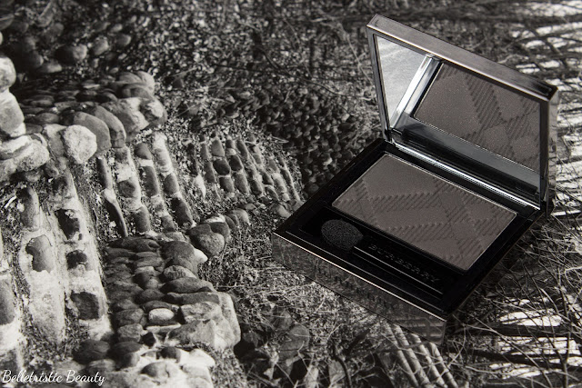 Burberry No. 28 Graphite Sheer Eyeshadow Eye Enhancer, Summer 2014 in studio lighting