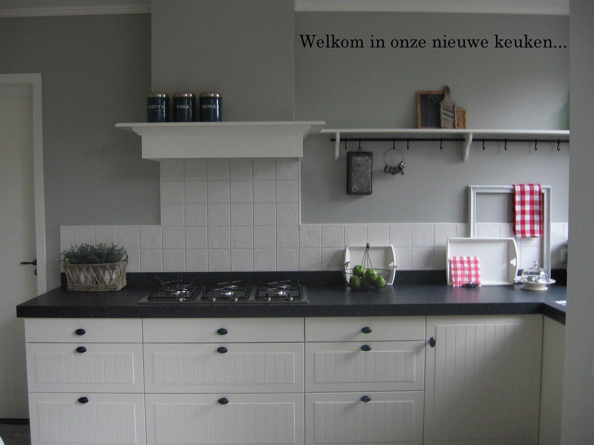 Huize kipkakel welkom in onze nieuwe keuken - Lounge en keuken in dezelfde kamer ...