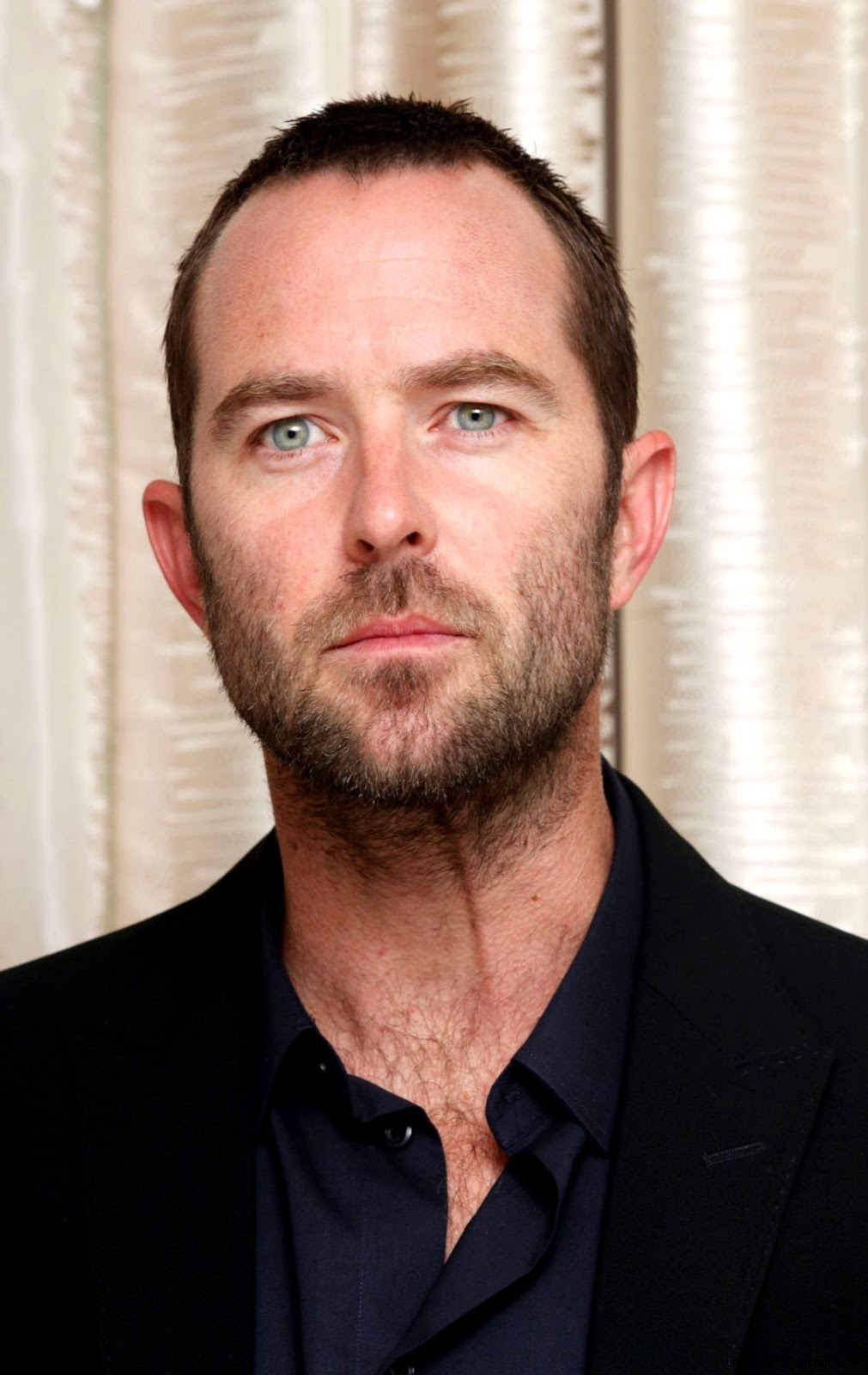 SULLIVAN STAPLETON – Blindspot Press Conference Portraits by Munawar