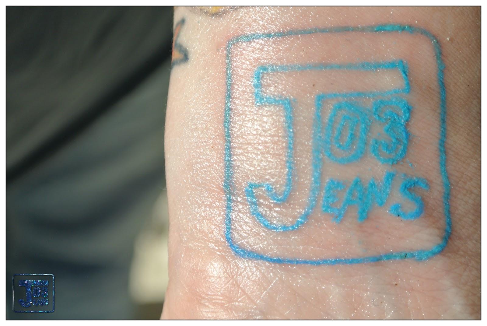 Bientôt une crème qui fait disparaître le tatouage ? Pas si sûr