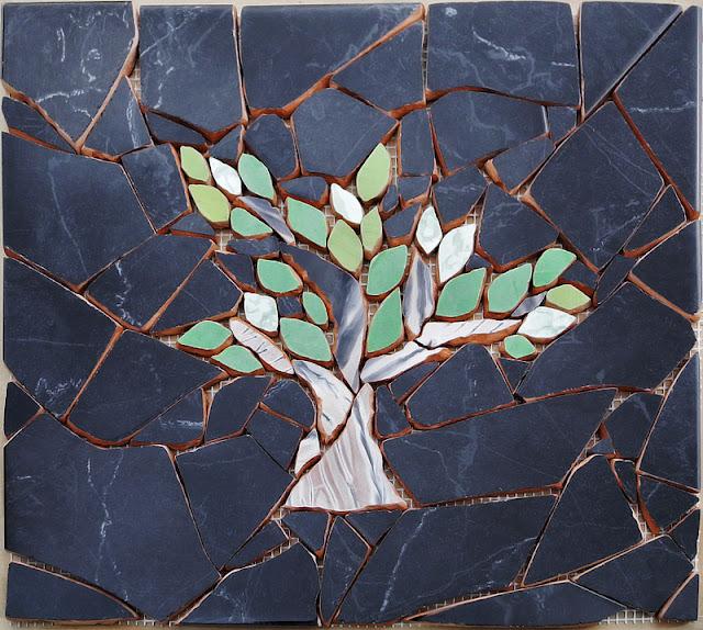 mozaikowy dekor - drzewo
