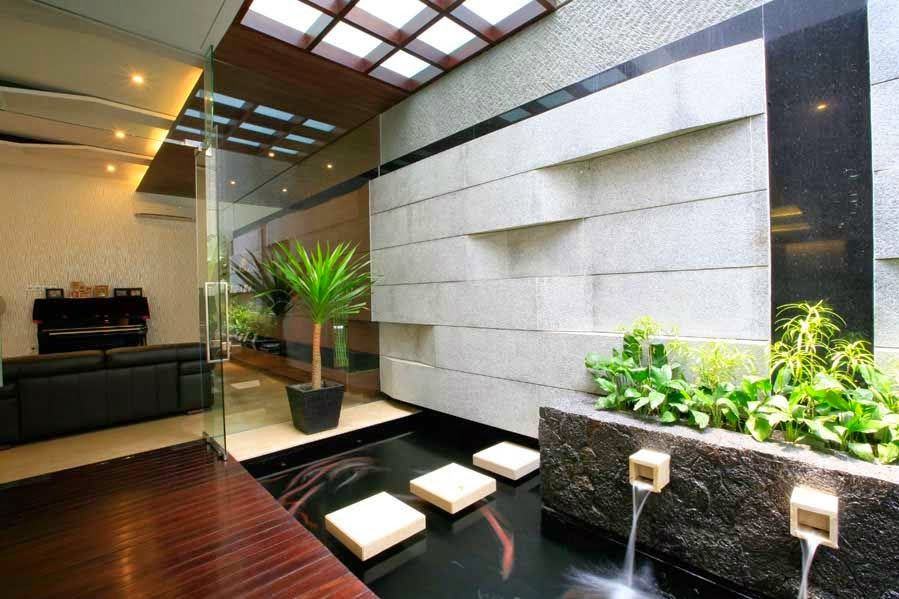 Creative small fish ponds ideas for Contemporary pond design