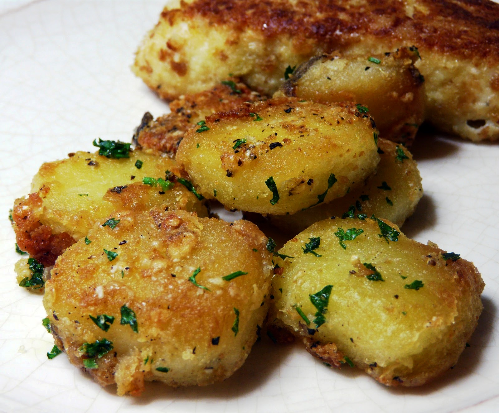 The Bestest Recipes Online: Parmesan Garlic Roasted Potatoes