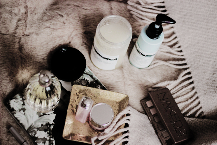 Meiskin Vanilla Kreme brulee scrub Kokonut Kreme aimerose blog review