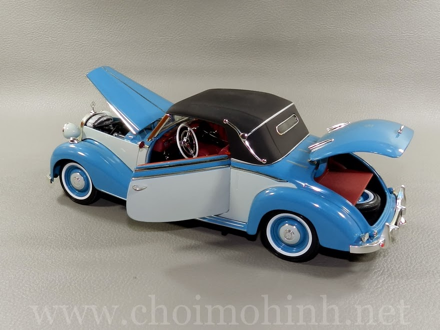 Mercedes-Benz 170S Cabriolet 1950 1:18 Signature door